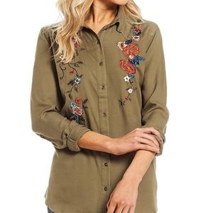 NWT Jessica Simpson embroidered olive blouse
